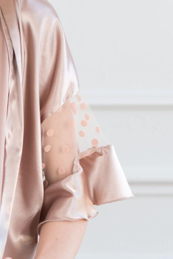 Žaismingas kimono chalatas gesintos rozes šilkinis moteriškas chalatas kimono