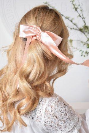 kaspinas plaukams