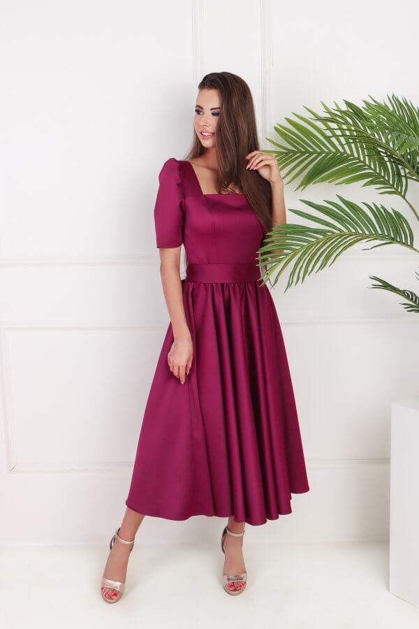 suknele midi ilgio su iskirpte ir pustu sijonu, avietine