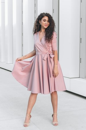 Jaunatviska suknele is medvilnes sendinta roze