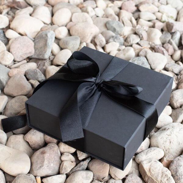 dovana jaunikiui