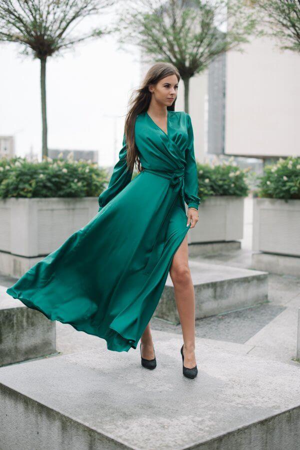 proginė suknele is Armani silko