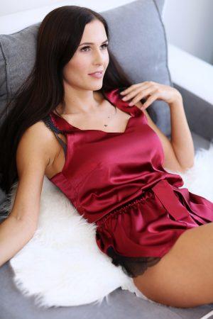 raudona seksuali moteriska pizama