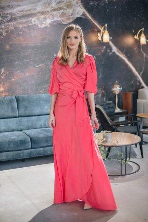 Kokteilinė, šilkinė suknelė su pustomis rankovėmis