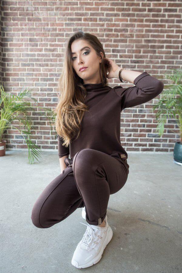 Laisvalaikio kostiumelis su kantu šokoladinis (6)