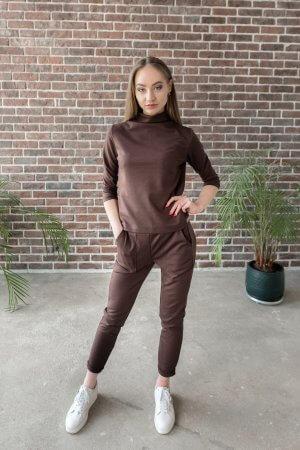 Sportinis moteriškas kostiumelis sokoladinis su kisenemis (1)